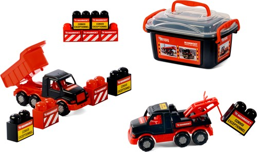 Mammoet mini Trucks with Bricks